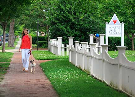 Easton is one of the very walkable towns in Talbot Coutny, Maryland.